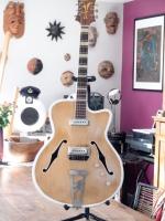 Royal Jacobacci de 1959 avec les micro RV Tonemaster remontés (photo publiée avec l\'aimable autorisation du client)